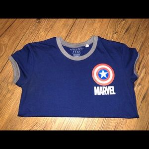 marvel t-shirt size small